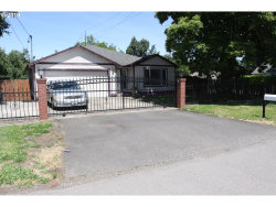 Photo of 6531 NE GOING ST, Portland, OR 97218 (MLS # 19180380)