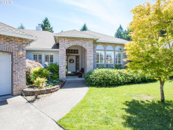 Photo of 850 NICOLE CT, West Linn, OR 97068 (MLS # 19218133)