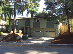 Photo of 255 COACHMAN DR, Eugene, OR 97405 (MLS # 19240587)