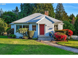 Photo of 2212 SW TAYLORS FERRY RD, Portland, OR 97219 (MLS # 19248941)