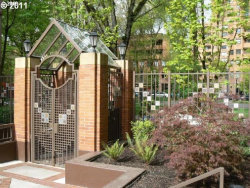 Photo of 1500 SW PARK AVE , Unit 415, Portland, OR 97201 (MLS # 19250225)