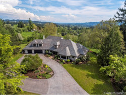 Photo of 18785 WESTVIEW DR, Lake Oswego, OR 97034 (MLS # 19277431)