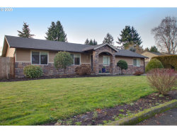 Photo of 15969 SE LARK AVE, Milwaukie, OR 97267 (MLS # 19301884)