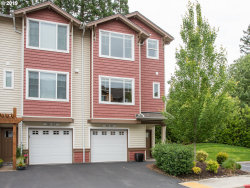 Photo of 300 NW 116TH AVE , Unit 105, Portland, OR 97229 (MLS # 19304384)