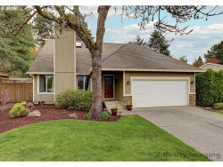 Photo of 2727 ORCHARD HILL PL, Lake Oswego, OR 97035 (MLS # 19321655)