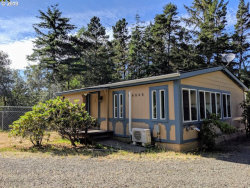 Photo of 4848 SEAPINE DR, Florence, OR 97439 (MLS # 19330709)