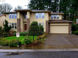 Photo of 16514 SE CREST CT, Portland, OR 97236 (MLS # 19340515)