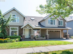 Photo of 14554 SE PEBBLE BEACH DR, Happy Valley, OR 97086 (MLS # 19343833)