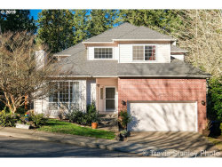Photo of 2730 SW LEAH CT, Portland, OR 97219 (MLS # 19364210)