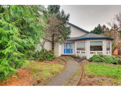 Photo of 2276 MICHAEL DR, West Linn, OR 97068 (MLS # 19372411)