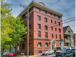 Photo of 118 NW KING AVE , Unit 31, Portland, OR 97210 (MLS # 19373423)