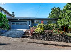Photo of 7231 SE CLAY ST, Portland, OR 97215 (MLS # 19375102)