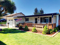 Photo of 360 N WALL, Coos Bay, OR 97420 (MLS # 19391199)