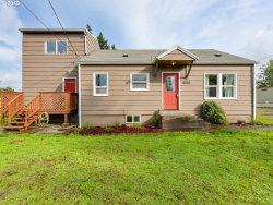 Photo of 6803 SE LAMPHIER ST, Milwaukie, OR 97222 (MLS # 19407845)