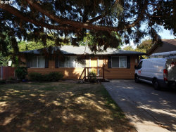 Photo of 204 SE 127TH AVE, Portland, OR 97233 (MLS # 19410700)