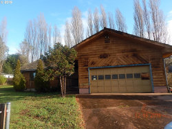 Photo of 1695 BOBCAT CT, Myrtle Point, OR 97458 (MLS # 19442086)