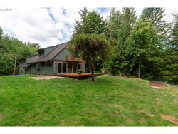 Photo of 28184 S LOST CANYON RD, Mulino, OR 97042 (MLS # 19468914)