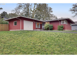 Photo of 1408 CEDAR ST, Lake Oswego, OR 97034 (MLS # 19470812)