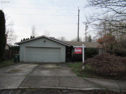 Photo of 5108 SE APPENINE WAY SE, Milwaukie, OR 97222 (MLS # 19491163)