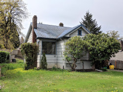 Photo of 706 SW TAYLORS FERRY RD, Portland, OR 97219 (MLS # 19491552)
