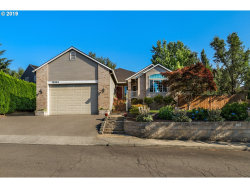 Photo of 12855 SE BLUFF DR, Clackamas, OR 97015 (MLS # 19496544)