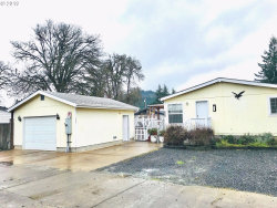 Photo of 660 N 16TH ST, Cottage Grove, OR 97424 (MLS # 19530587)
