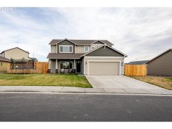 Photo of 2474 NW VALLEY VIEW DR, Hermiston, OR 97838 (MLS # 19530833)