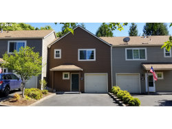 Photo of 7175 SW SAGERT ST , Unit 103, Tualatin, OR 97062 (MLS # 19534514)