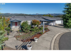 Photo of 137 GRACE CT, Roseburg, OR 97471 (MLS # 19547217)