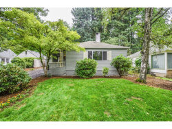 Photo of 12100 SW LESSER RD, Portland, OR 97219 (MLS # 19547532)
