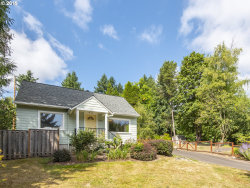 Photo of 9251 SW 12TH DR, Portland, OR 97219 (MLS # 19548346)