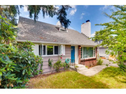 Photo of 1301 SW SPRING GARDEN ST, Portland, OR 97219 (MLS # 19558329)