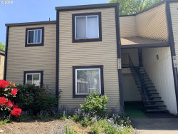 Photo of 2710 SE 138TH AVE , Unit 44, Portland, OR 97236 (MLS # 19564962)