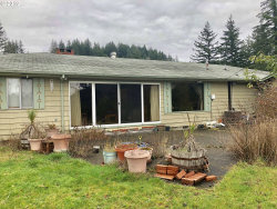 Photo of 94896 Willanch LN, North Bend, OR 97459 (MLS # 19568108)