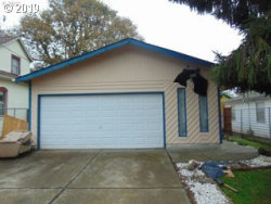 Photo of 4104 SE 74TH AVE, Portland, OR 97206 (MLS # 19578394)