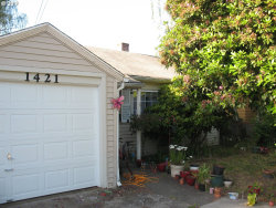 Photo of 1421 SW SPRING GARDEN ST, Portland, OR 97219 (MLS # 19581879)