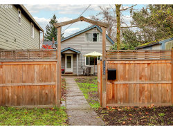 Photo of 8030 N DWIGHT AVE, Portland, OR 97203 (MLS # 19583451)