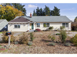 Photo of 13820 SE BRIGGS ST, Milwaukie, OR 97222 (MLS # 19594871)