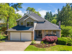 Photo of 1499 BRAEMAR DR, West Linn, OR 97068 (MLS # 19616904)