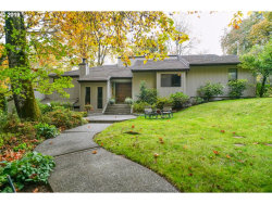 Photo of 324 NW MAPLE HILL DR, Salem, OR 97304 (MLS # 19620697)
