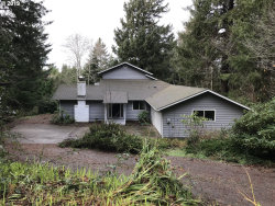 Photo of 5966 VIEW CT, Florence, OR 97439 (MLS # 19623883)