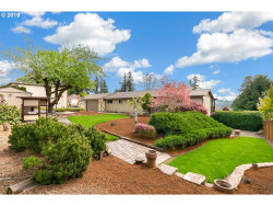 Photo of 12183 SE BLUFF DR, Clackamas, OR 97015 (MLS # 19632977)