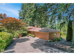 Photo of 1069 TIMBERLINE DR, Lake Oswego, OR 97034 (MLS # 19637569)