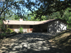 Photo of 320 PONDEROSA DR, Roseburg, OR 97471 (MLS # 19638489)