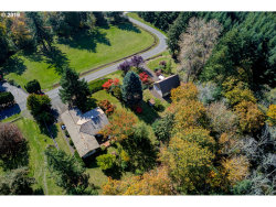 Photo of 19731 SE WOODED HILLS DR, Damascus, OR 97089 (MLS # 19640639)