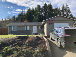 Photo of 1545 EDISON AVE, Cottage Grove, OR 97424 (MLS # 19641876)