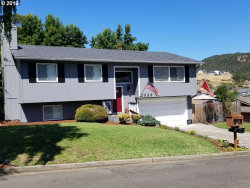 Photo of 2086 NW SUNBERRY DR, Roseburg, OR 97471 (MLS # 19644639)