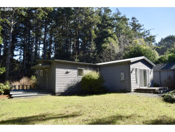 Photo of 32731 NESIKA RD, Gold Beach, OR 97444 (MLS # 19660068)
