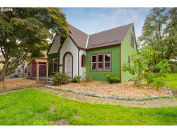 Photo of 3326 N FARRAGUT ST, Portland, OR 97217 (MLS # 19672423)