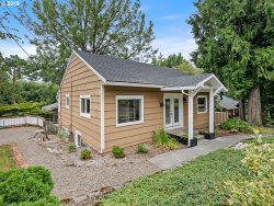 Photo of 3827 SW DOLPH CT, Portland, OR 97219 (MLS # 19686790)